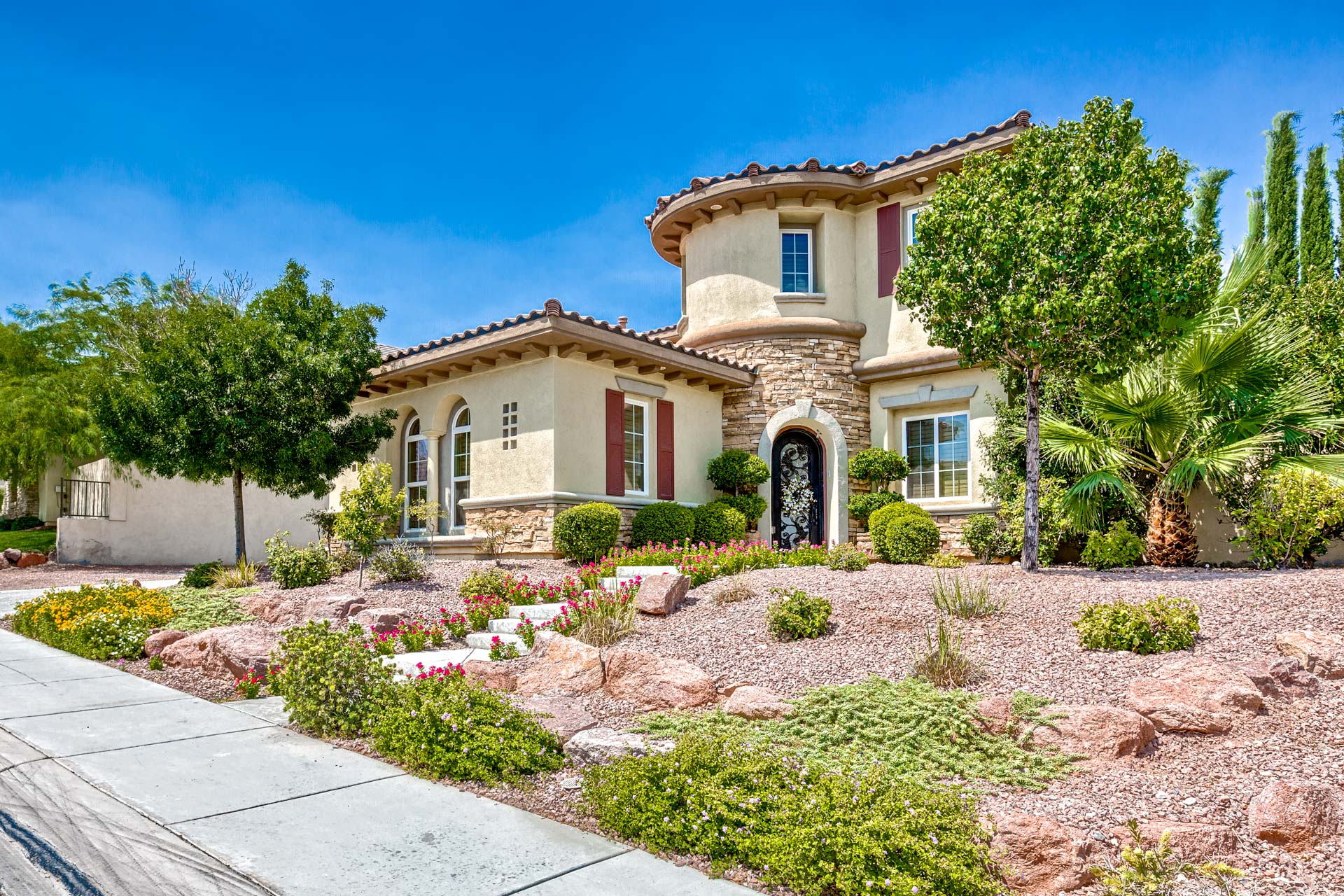 Red Rock Country Club Homes For Sale