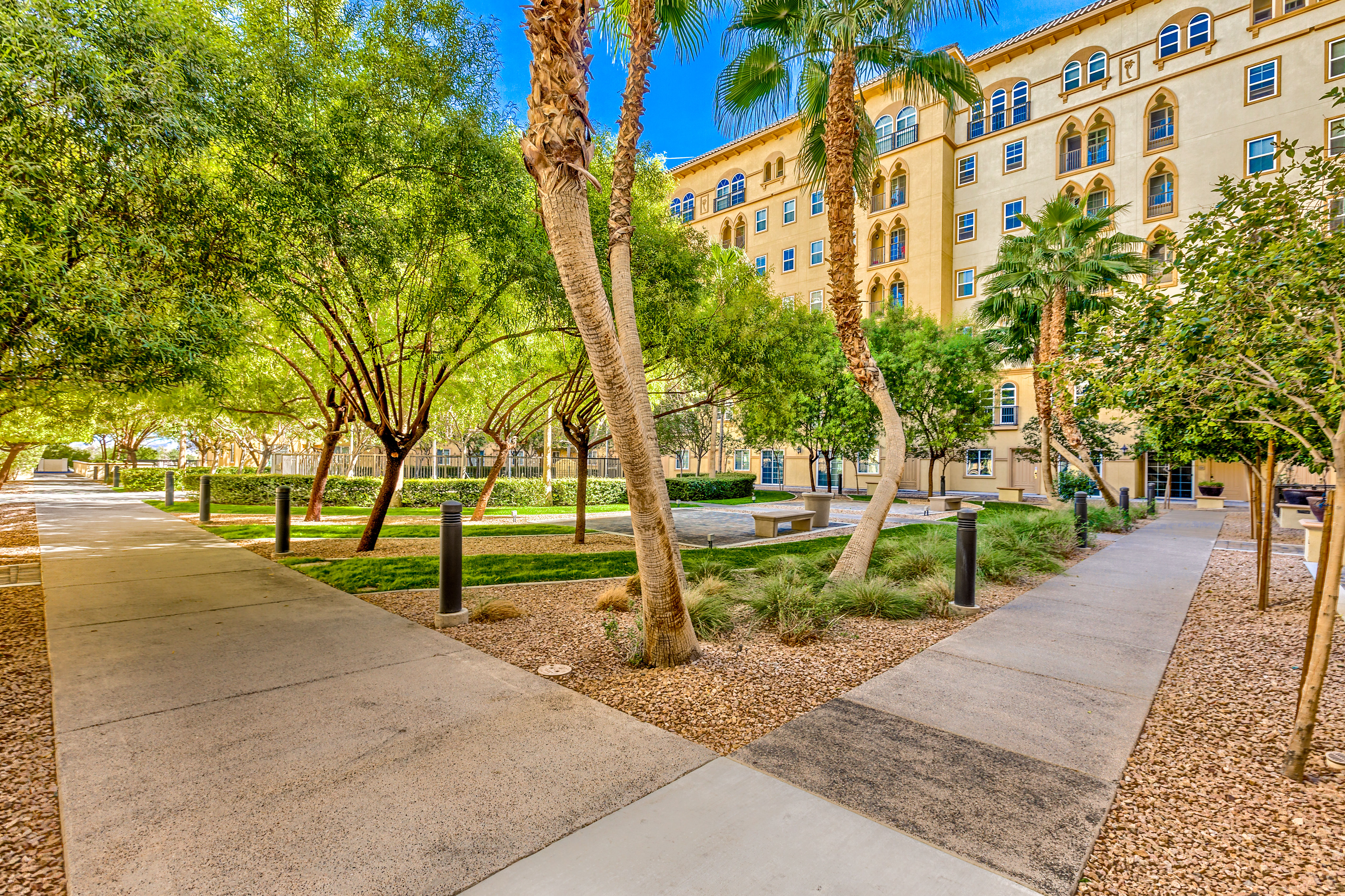 LAS VEGAS STRIP Condos, Lofts and - Las Vegas Condo Mania