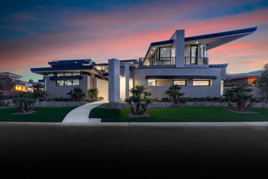 Million dollar homes in las vegas for sale 5m for Luxury house for sale in las vegas