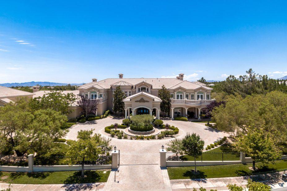 Million dollar homes in las vegas for sale 5m for Floor plans for 100 000 dollar homes