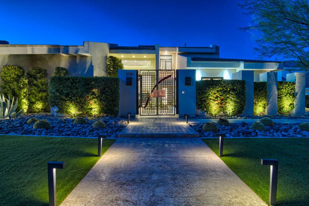 Modern homes for sale in las vegas New modern houses for sale