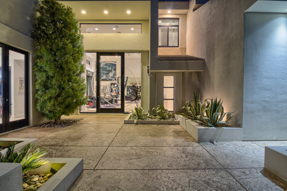 modern homes for sale in las vegas
