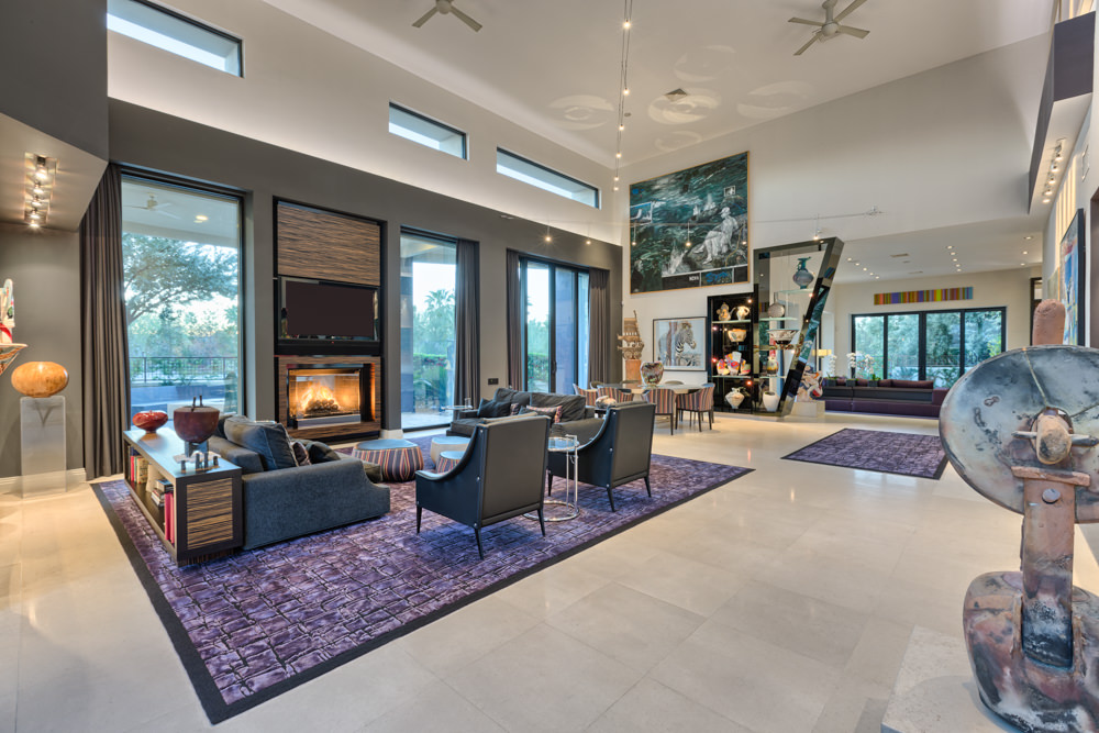 Modern homes for sale in las vegas for Modern house auction