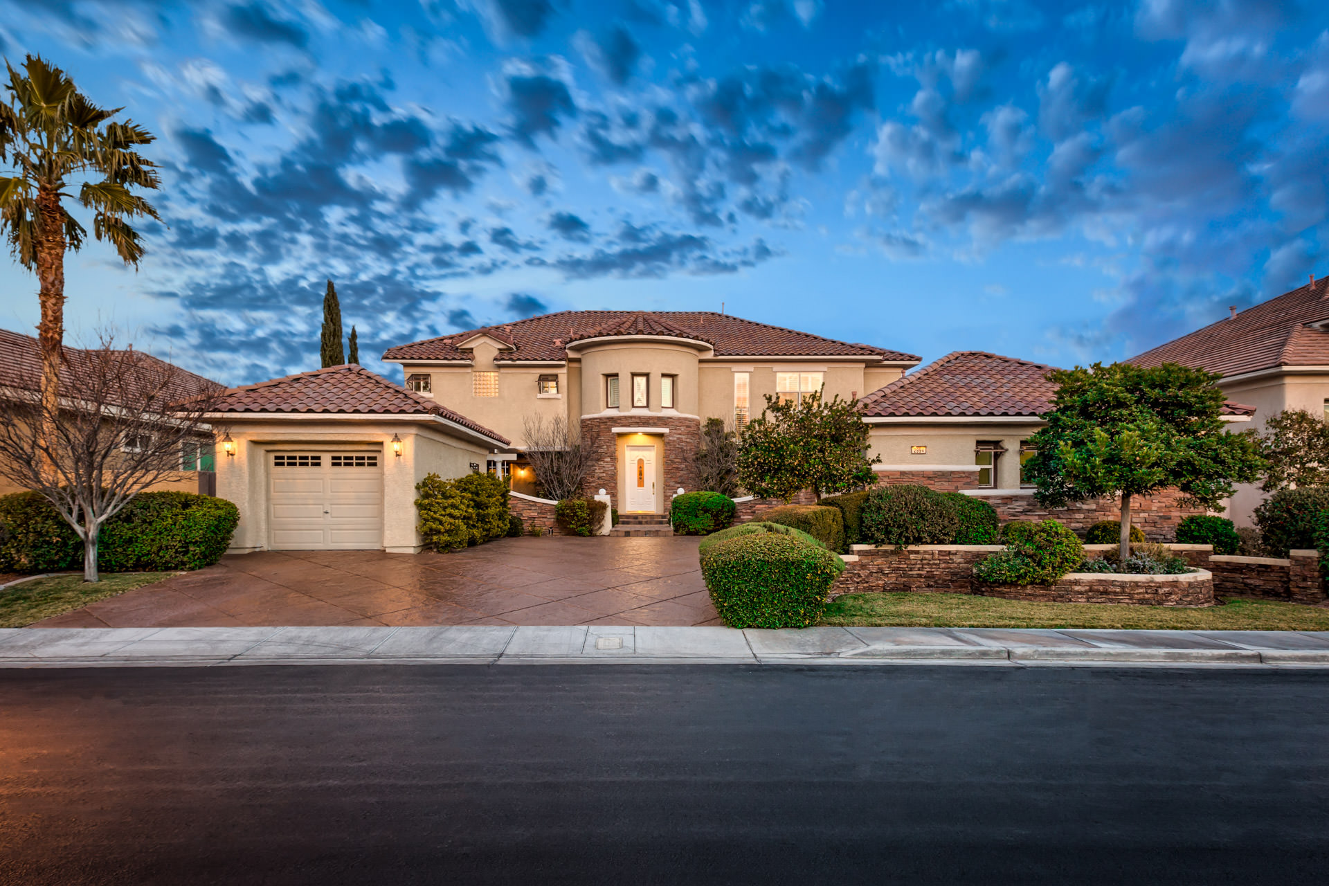 willow creek luxury homes las vegas