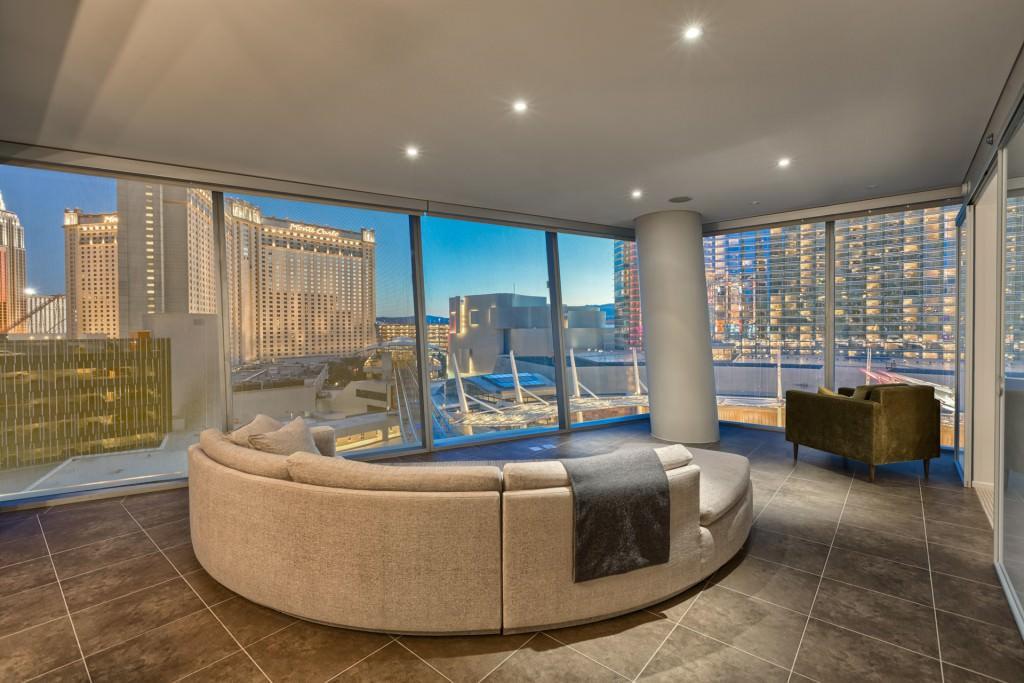 Veer Towers Las Vegas Unit 606