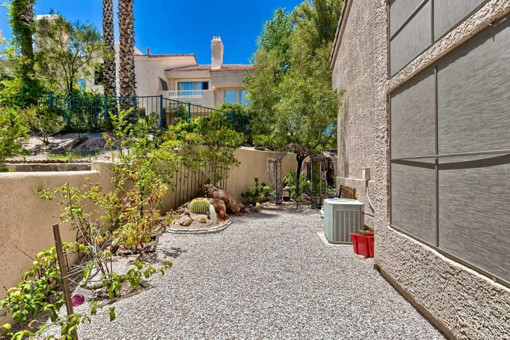 desert shores luxury homes las vegas