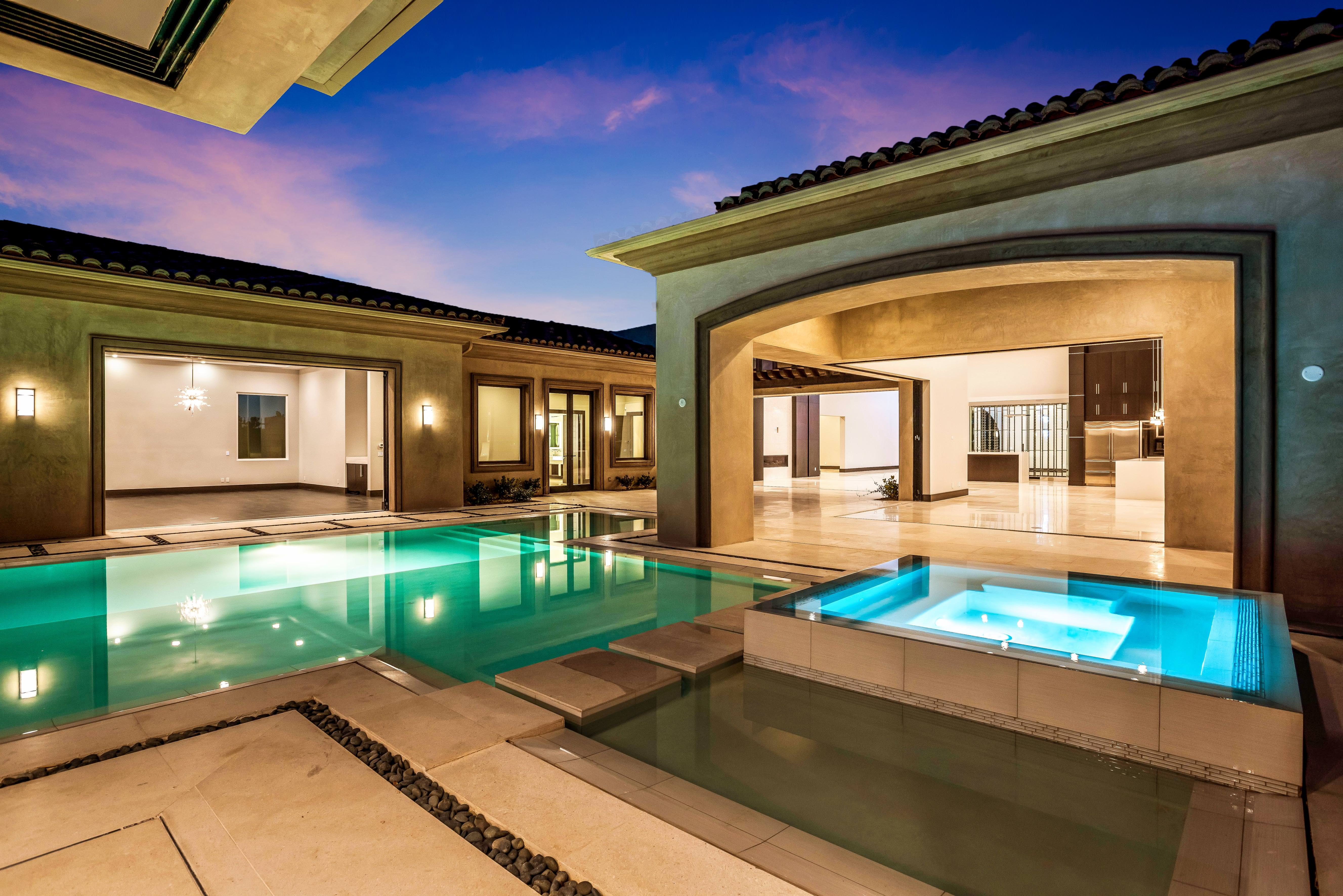 Southern highlands las vegas for Luxury homes las vegas for sale