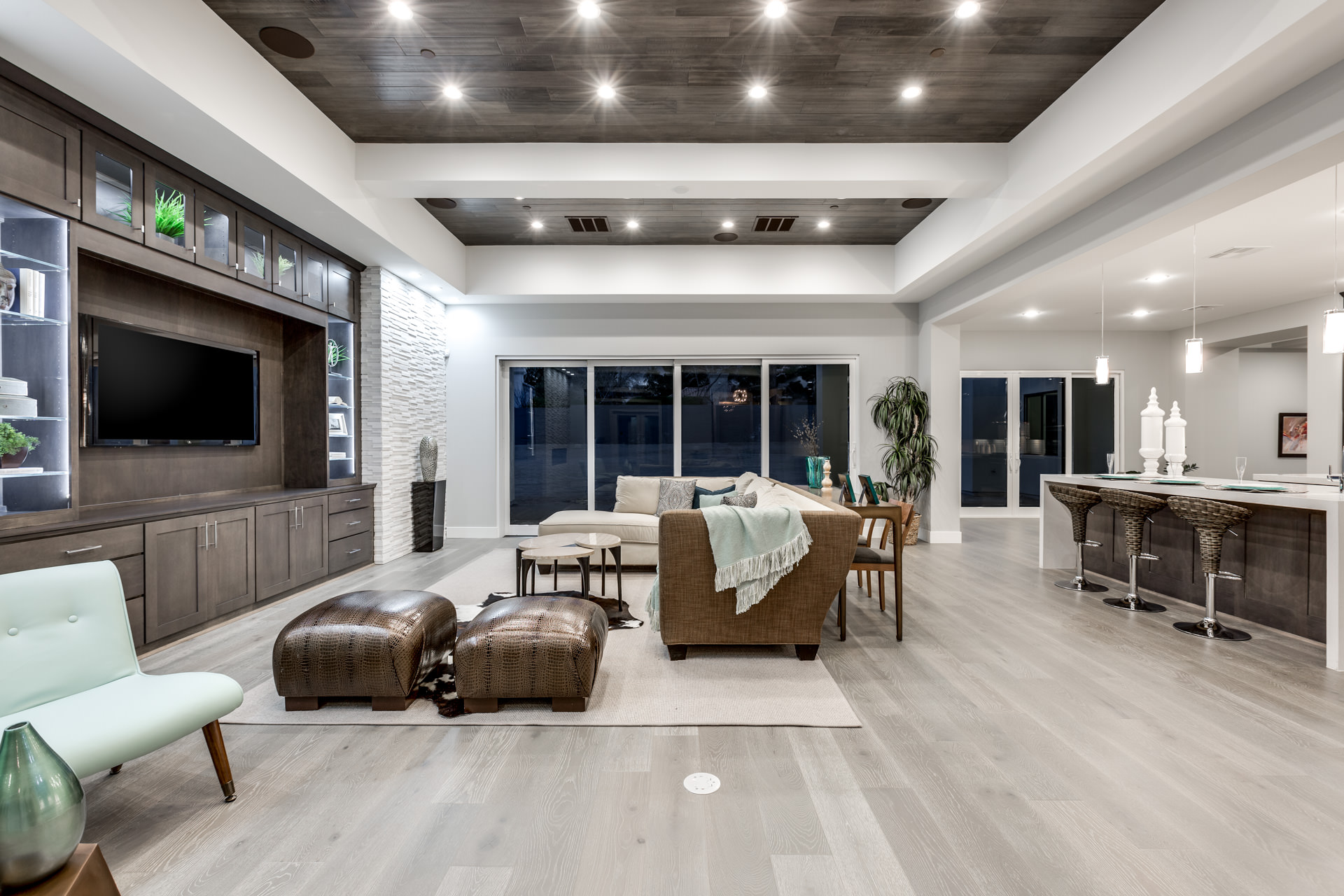 Section 10 luxury homes las vegas for Luxury homes las vegas for sale