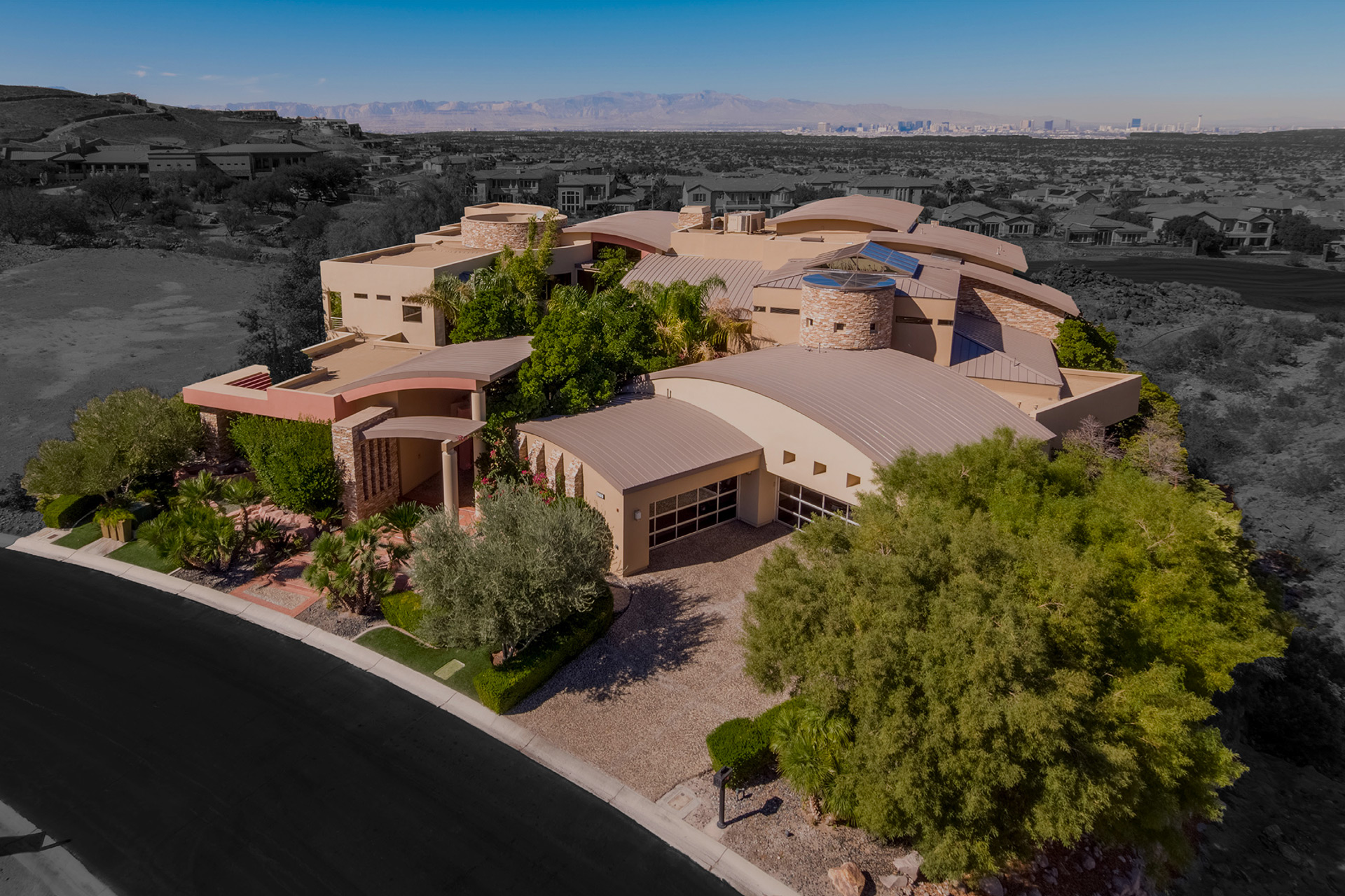 Luxury Home for Sale in Henderson
